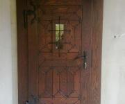 dębowe drzwi rustykalne z doświetleniem