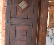 drzwi rustykalne w wiejskim stylu