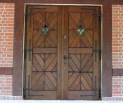 drzwi zewnętrzne dwuskrzydłowe rustykalne w mazurskim stylu